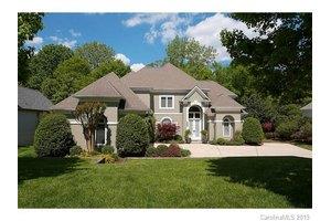 2424 Summerlake Rd, Charlotte, NC 28226