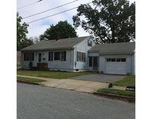 152 Lafayette St, New Bedford, MA 02745
