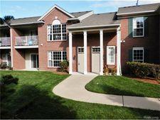 20107 Chesapeake Cir, Commerce Township, MI 48390