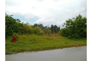 8544 SE Pinehaven Ave, Hobe Sound, FL 33455