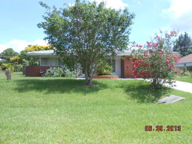 290 SW Eyerly Ave, Port Saint Lucie, FL