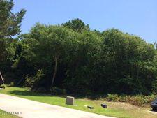 102 Heverly Dr, Emerald Isle, NC 28594