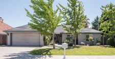 10654 N Coronado Cir, Fresno, CA 93730