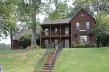 8575 E Chippingham Dr, Memphis, TN 38016