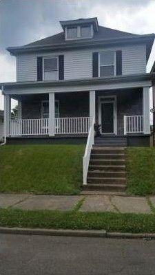 1205 7th St, Moundsville, WV 26041