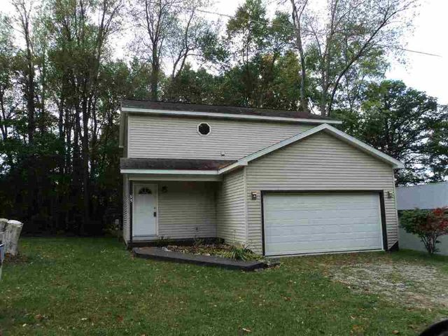 95 Lane 285 Crooked Lk, Angola, IN
