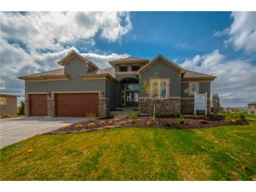 731 Sw Estates Dr Lees Summit Mo 64082 New Home For