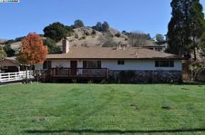 6625 Crow Canyon Rd, Castro Valley, CA 94552