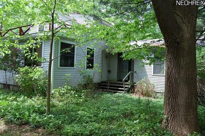 7805 Kinsman Rd Russell , OH 44072