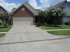 10906 O Mally Dr, Houston, TX 77067