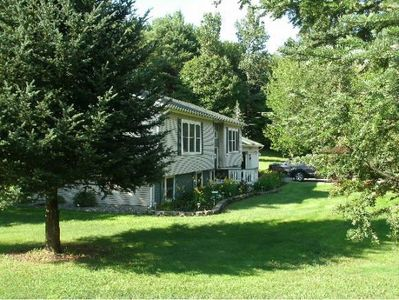 6122 River Rd, North Troy, VT