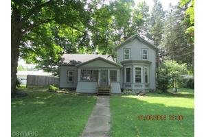 317 Saint Joseph St, Union City, MI 49094