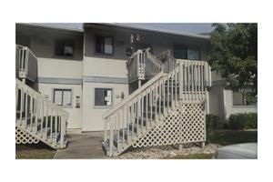6033 34th St W Apt 65, Bradenton, FL 34210