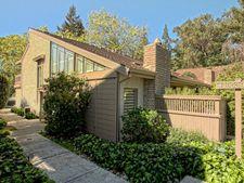19544 Vineyard Ln, Saratoga, CA 95070