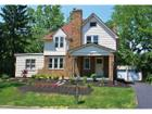 Photo of 204 West Dunedin Rd, Columbus, OH 43214