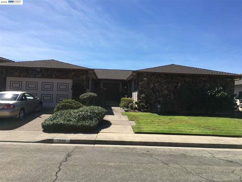 1999 Edgehill Ct, San Leandro, CA 94577