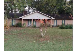 22 Crossgates Dr, Brandon, MS 39042