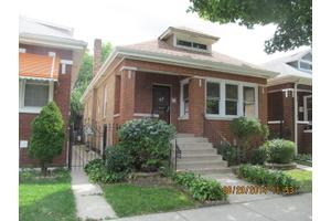 5723 S Trumbull Ave, Chicago, IL 60629
