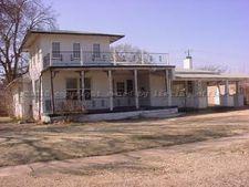 415 S Madden St, Shamrock, TX 79097