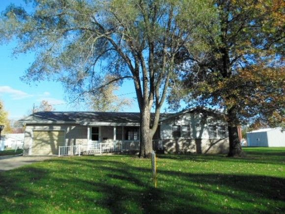 singles in saint elmo Single family homes for sale in saint elmo, il have a median listing price of $54,900 and a price per square foot of $41 there are 5 active single family homes for sale in.