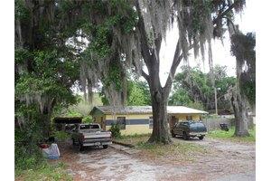 5212 Lloyd St, Seffner, FL 33584