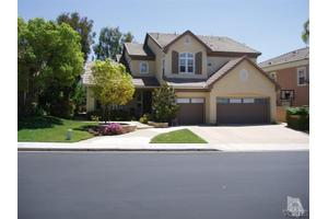 348 Hill Valley Ct, Simi Valley, CA 93065