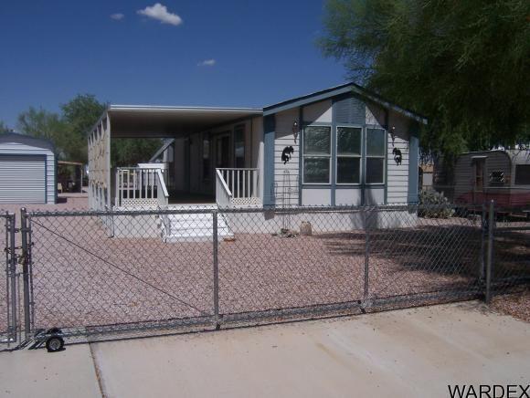 678 W Desert Dr, Quartzsite, AZ 85346 - Home For Sale and ...