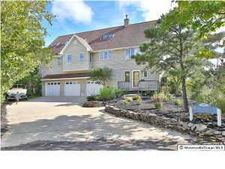 200 Bay Ave, Island Heights, NJ 08732