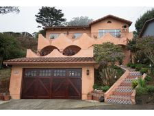 250 Sterling Ave, Pacifica, CA 94044