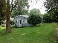 751 S May Dr, Cromwell, IN 46732