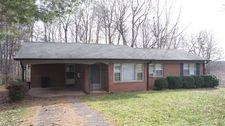 410 Pinewood St, Madison, NC 27025