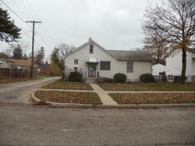 1611 Seymour Ave, North Chicago, IL