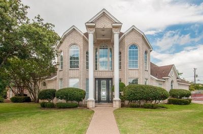 4000 Shores Ct, Arlington, TX