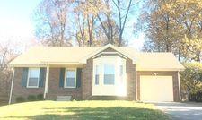 213 Kathleen Ct, Clarksville, TN 37043