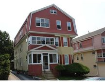 19 Euclid Ave, Worcester, MA 01610