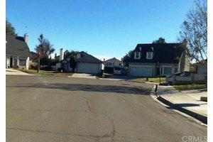 25729 Tallandsia Ct, Moreno Valley, CA 92553
