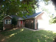 5050 Clearwater Rd, Charlotte, NC 28217