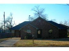 902 Hickory St, Honey Grove, TX 75446