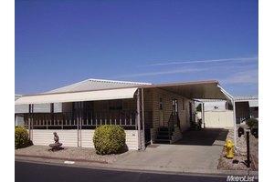 8700 West Ln Spc 71, Stockton, CA 95210