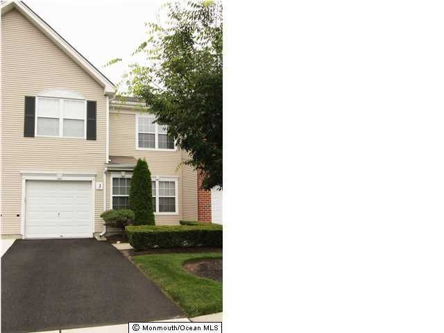 3 ganton way manalapan nj 07726 for Kitchen cabinets 07726