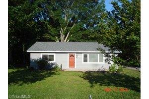 5647 N Church St, Greensboro, NC 27455