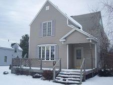 422 Minnesota Ave, Gladstone, MI 49837