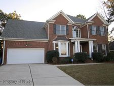523 Williwood Rd, Fayetteville, NC 28311