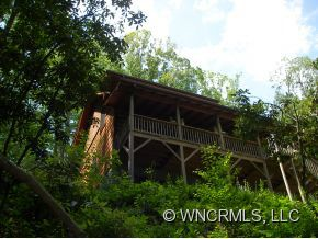 527 Coyote Hollow Rd, Waynesville, NC
