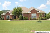 3018 Cobble Farms Dr SE, Owens Cross Roads, AL 35763