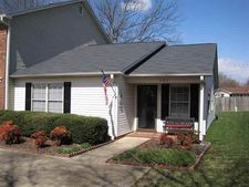 402 W Townes Ct, Spartanburg, SC 29301
