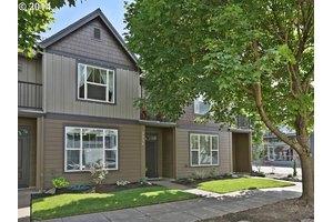 2834 SE 15th Ave, Portland, OR 97202