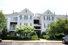 10022 Vanderbilt Cir # 4-13, Rockville, MD 20850