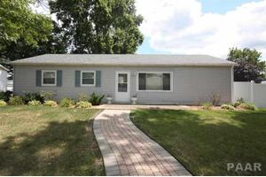 414 Mary St, Washington, IL 61571