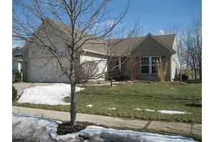 18984 Prairie Crossing Dr, Noblesville, IN 46062